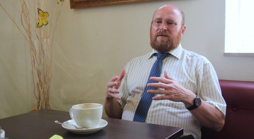 Dr. Holger Schirmbeck im Interview