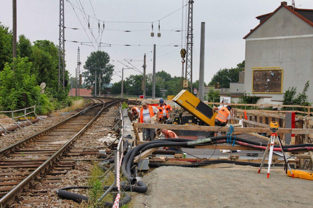 Bahnhof Taucha: alter Bahnübergang